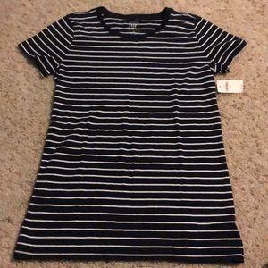GAP white and navy striped shirt
